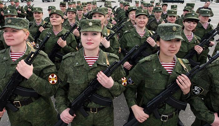 берут ли девушек в российскую армию