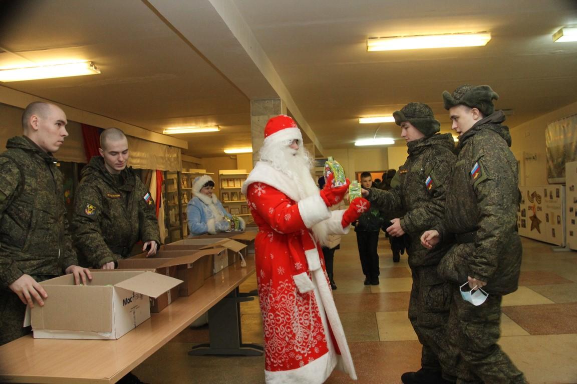 Дед мороз в армии