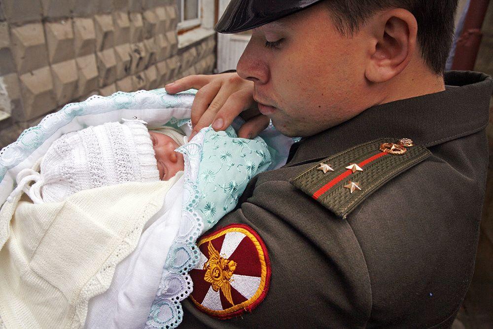 Ребенок военного