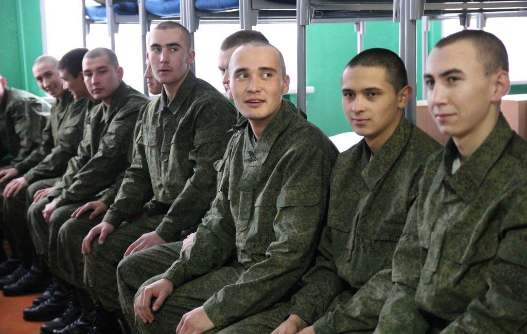 Солдаты в армии