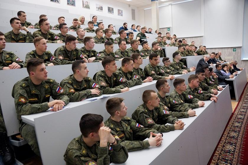 Учеба на военной кафедре