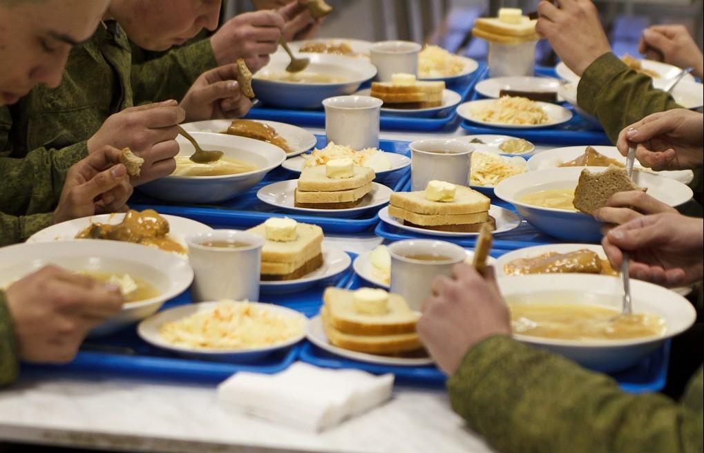 Обед в войсках