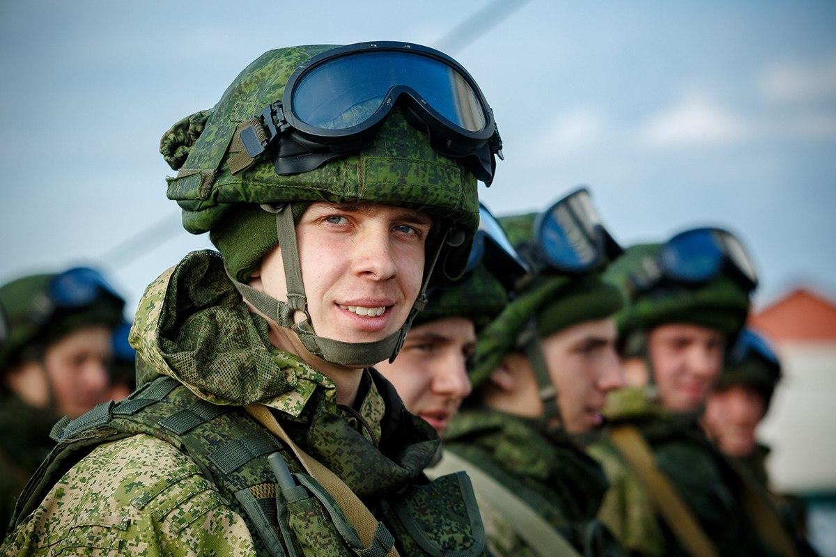 Солдат контрактник