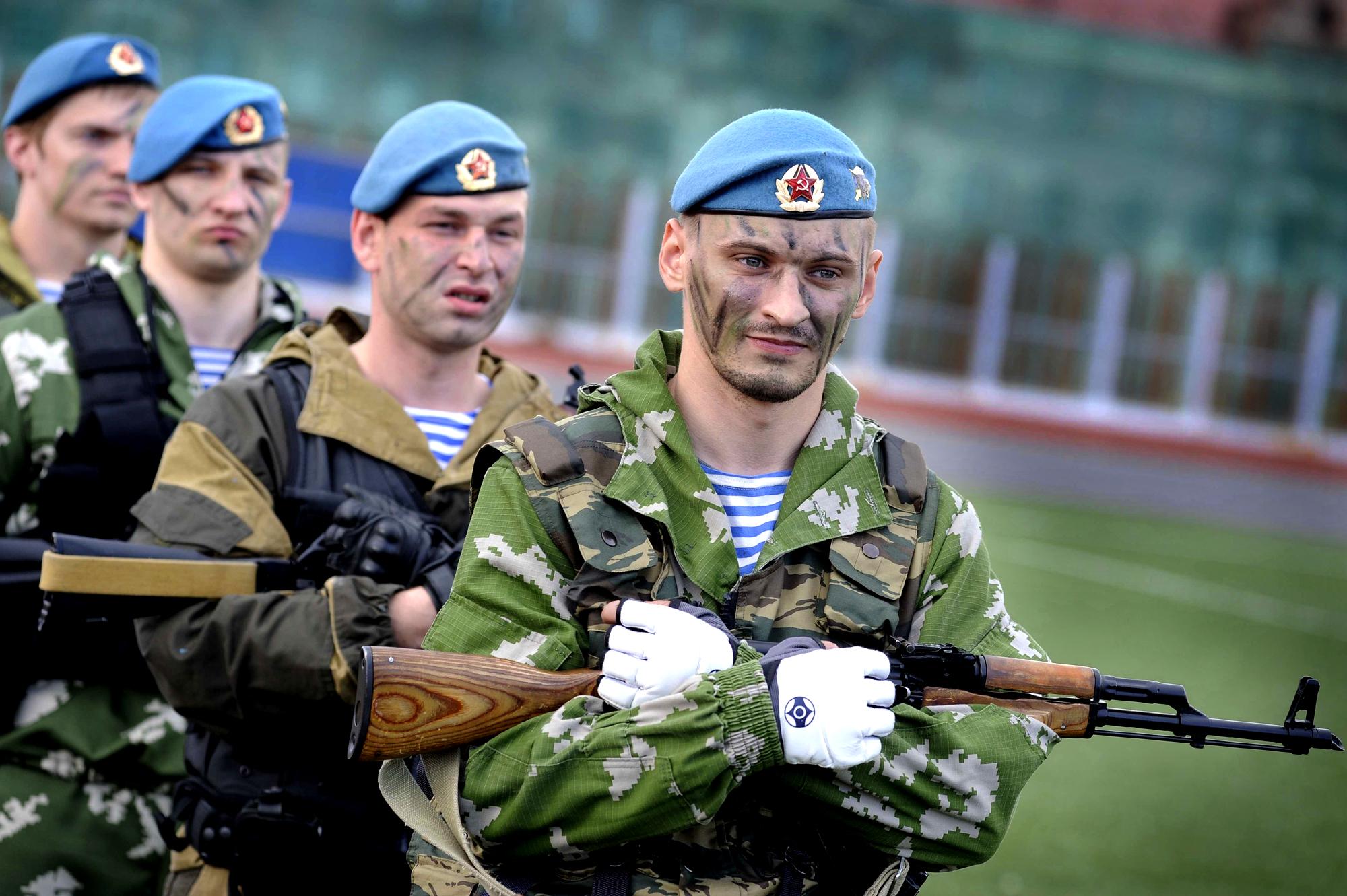 Солдаты ВДВ