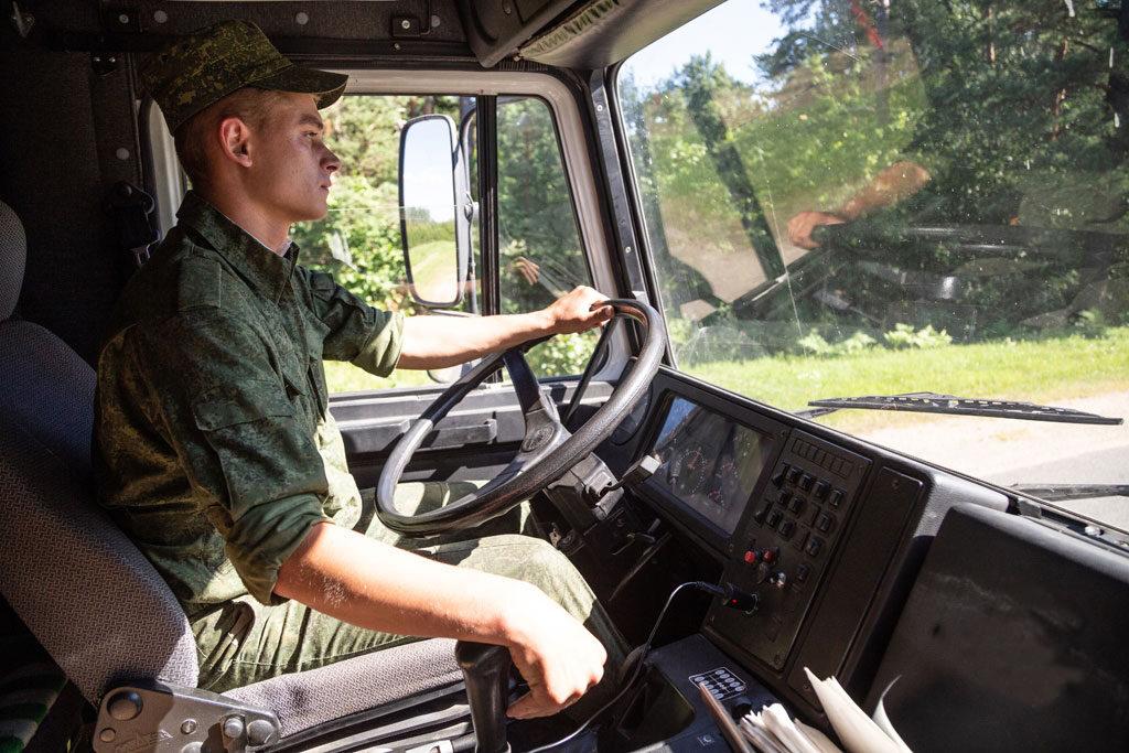 Служба водителем