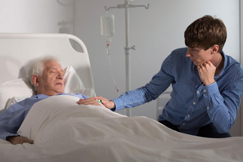 Уход за больным родственником