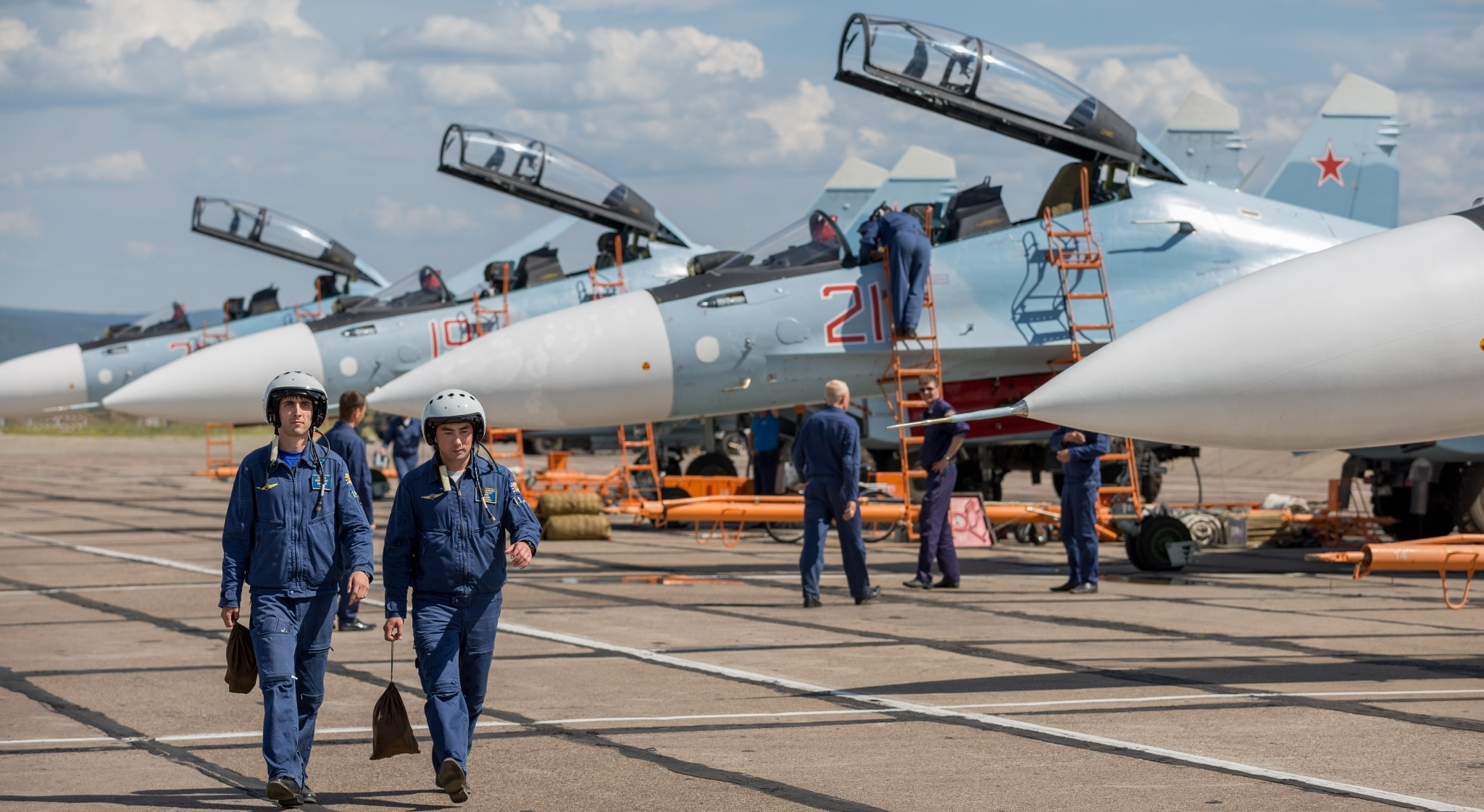 Пилоты ВКС